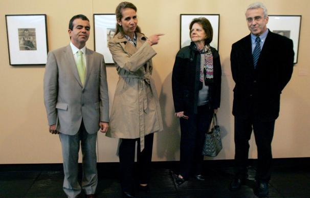 La Infanta Elena visita la exposición de Walker Evans en el Museo de Arte de Sao Paulo