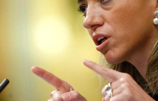 Chacón dice que España es consciente de que no es el momento para dejar Afganistán