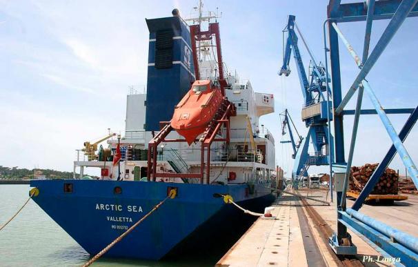 """OTAN y Rusia tratan sobre Afganistán y la cooperación en el caso """"Arctic Sea"""""""