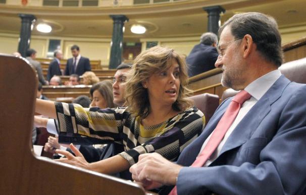"""Rajoy avisa a Zapatero de que va a poner al país en una situación """"imposible"""""""