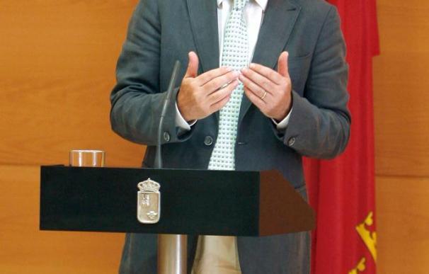 Valcárcel optará a la reelección en Murcia en 2011