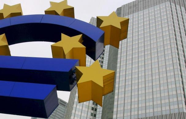 El euríbor cumple un año de descensos y reduce las hipotecas casi 4.000 euros