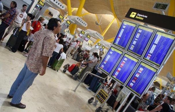 """El sector de las aerolíneas """"low cost"""" señala su resistencia ante la crisis"""
