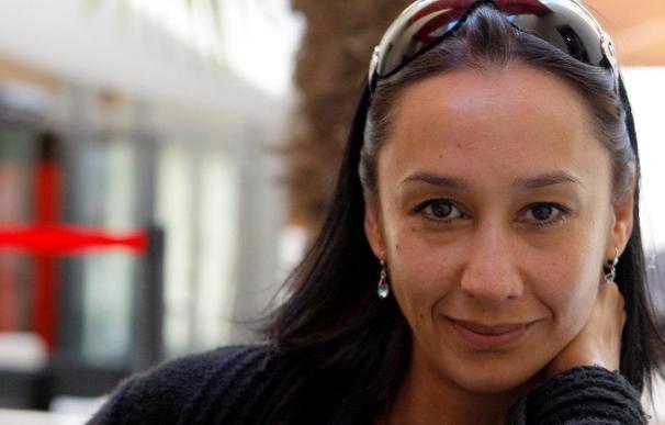 """La escritora Monica Ali desvela otra cara del arte culinario """"En la cocina"""""""