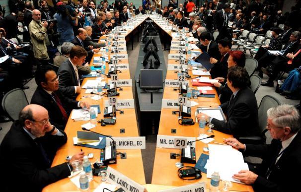 España presiona para evitar quedarse fuera de la reforma del FMI