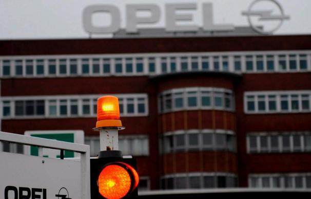 General Motors y Magna estudian los recortes de empleo en fábricas de Opel