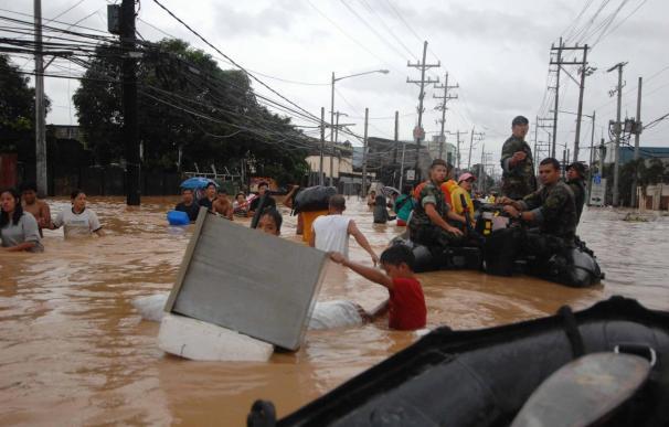 """El Gobierno de Filipinas eleva a 240 los muertos por la tormenta """"Ketsana"""""""