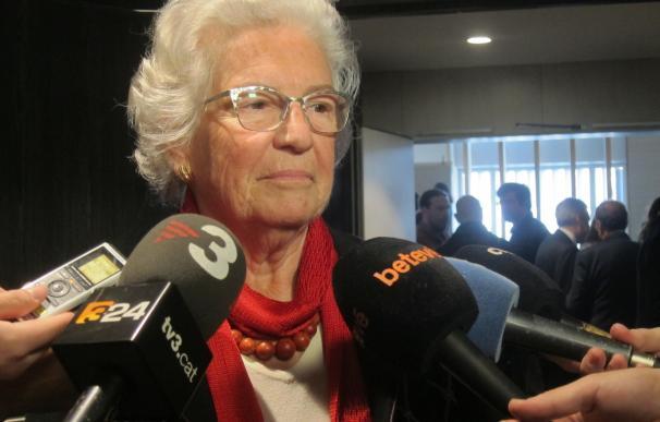 La Síndica de Barcelona pide unidad entre administraciones para acabar con el 'top manta'