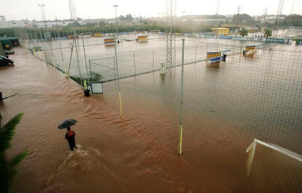 La lluvia inunda la ciudad deportiva del Villarreal