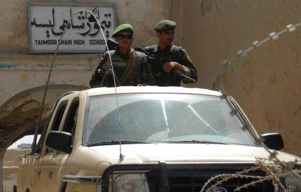 Mueren 40 talibanes en una operación en el oeste afgano, según el Ejército