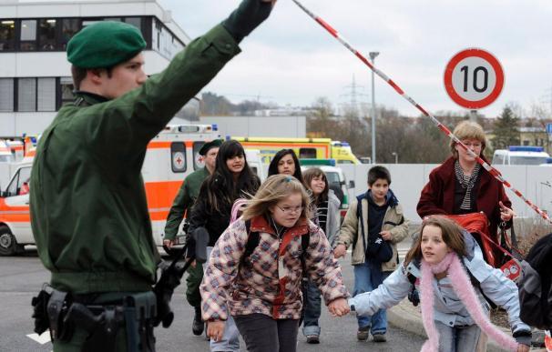 Cuatro alumnos heridos por bombas incendiarias en un colegio alemán