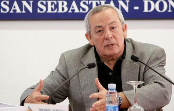 Solchaga cree que el Gobierno debió manejar mejor la marcha de Solbes