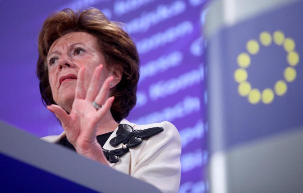Kroes asegura que vigilará que no se mezclen asuntos políticos en la venta de Opel
