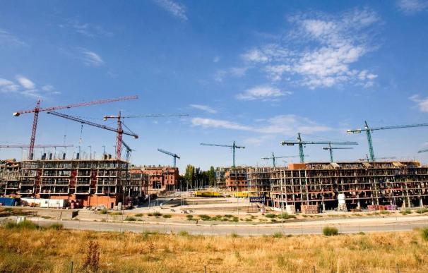 El precio del suelo cae el 4,3 por ciento en el segundo trimestre, hasta los 247,6 euros/m2