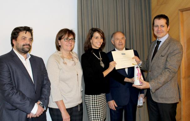 Fundación Hogar de San José recibe el premio José Lorca 2016 por su trayectoria de 75 años de trabajo con menores