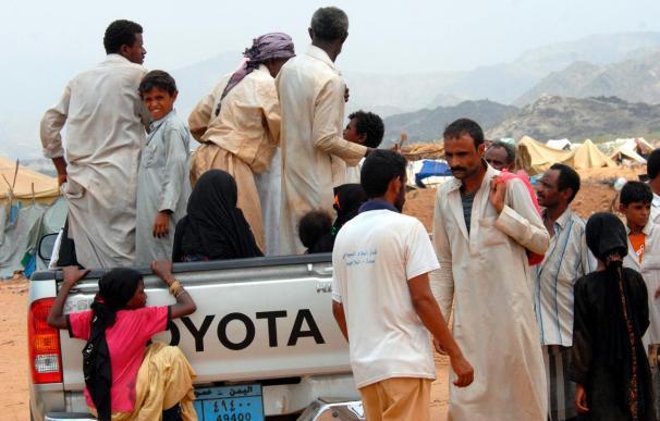 Un ataque aéreo contra refugiados yemeníes causa 87 muertos y 40 heridos