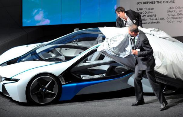 Greenpeace acusa a Mercedes y BMW de ser asesinos del clima