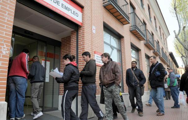 España tendrá 2.706.000 parados más a finales de 2010 por la crisis, según la OCDE