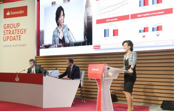 El Santander planea abandonar sus planes de separar en dos su negocio en Reino Unido, según 'FT'