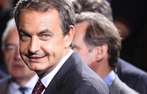 Zapatero adelanta al 28 de septiembre su participación en el congreso laborista