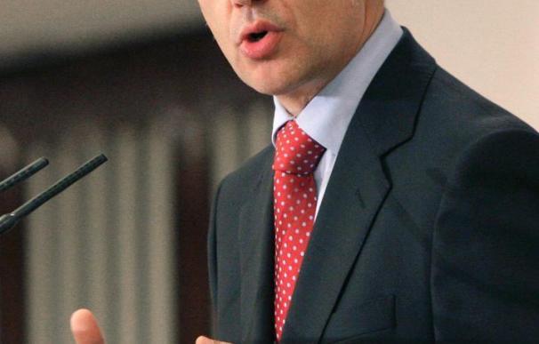 """Urkullu, preocupado por la """"muy delicada"""" situación del Gobierno de Zapatero"""