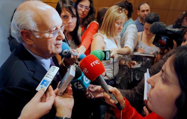 Antonio Fontenla advierte a Portugal de que le beneficia más tener AVE que a Galicia
