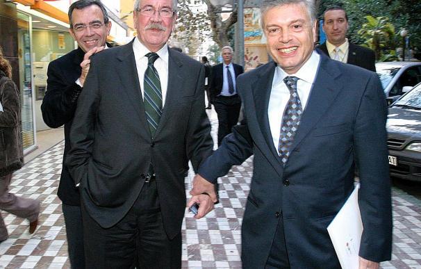 """El presidente territorial de la CAM cree que """"las fusiones"""" son la forma de crecer"""