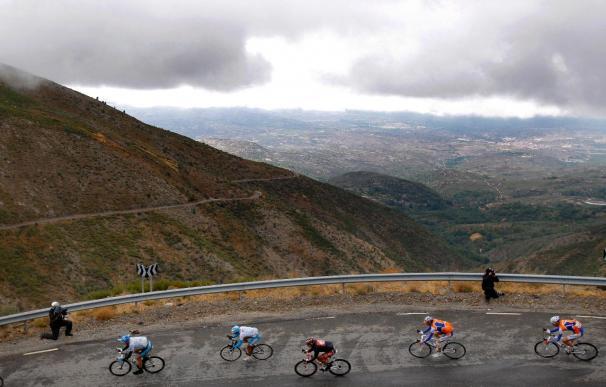 Juanjo Cobo logra la segunda victoria de etapa para un español