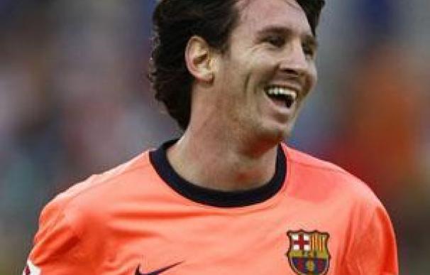El argentino Leo Messi renueva su contrato con el FC Barcelona dos años más, hasta 2016
