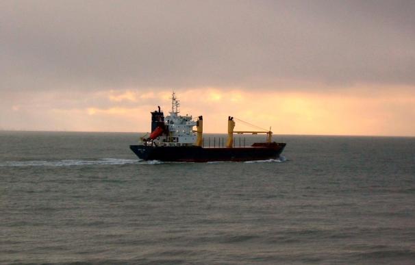 El Arctic Sea anuncia que atracará a las 20:00 horas en el muelle de Las Palmas