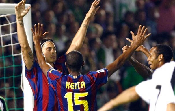 Ibrahimovic celebra el primer gol con Keita y Henry