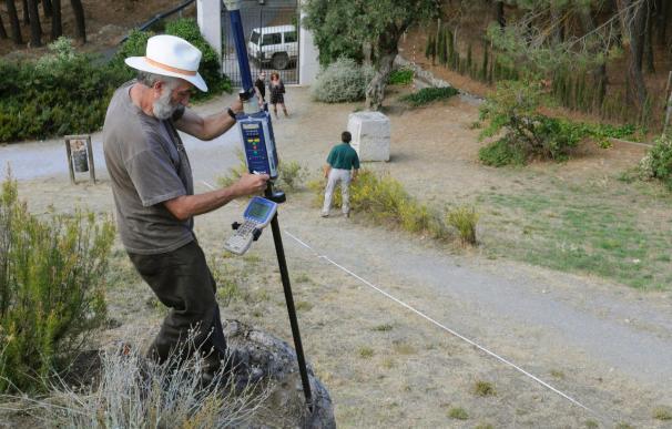 Exploran con georradar los terrenos de la fosa común de Lorca en Alfacar