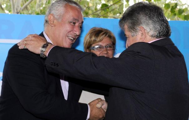 """Arenas dice que las cuentas del PP están """"clarísimas"""" y Costa demostrará su inocencia"""