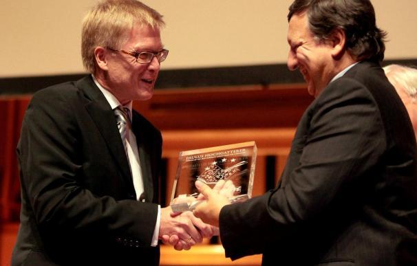 La CE entrega el I Premio de Literatura de la UE a 12 nuevos autores europeos