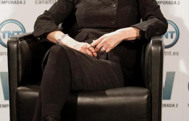 """Jane Badler, la más lagarta de la historia, regresa como Diana a la serie """"V"""""""