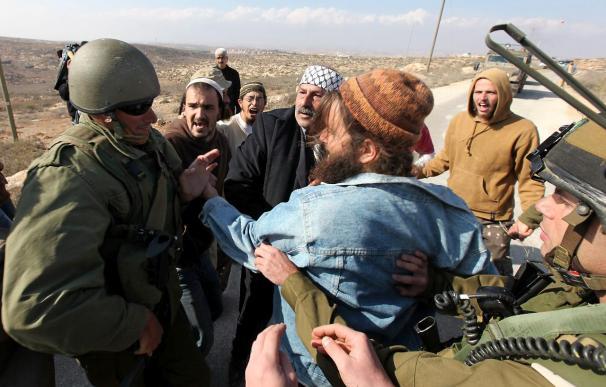 Colonos judíos matan a un joven manifestante palestino