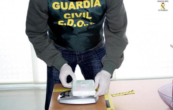 Desmantelada una red de tráfico de drogas con 8 detenidos y 3 kilos de coca