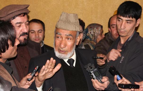 Karzai carga contra Occidente en su forzada inauguración del Parlamento
