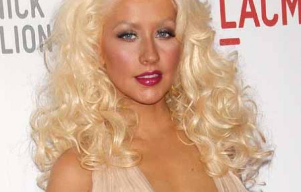 Christina Aguilera, su novio y su ex marido comparten casa