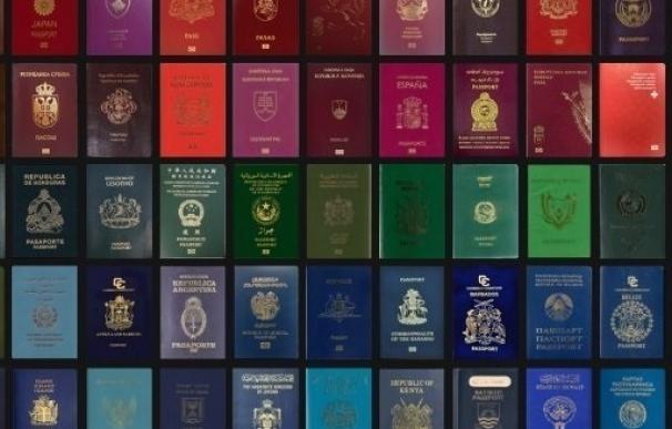"""Continúan las quejas en los Consulados por el """"deficiente"""" servicio de la empresa que gestiona los visados"""