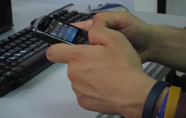 La telefonía móvil perdió 452.804 líneas en noviembre