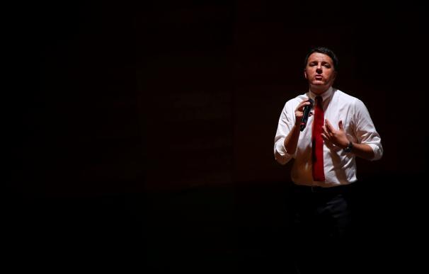 Renzi vota como favorito en las primarias del PD en plena debilidad manifiesta de la formación