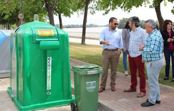 """Coria del Río renueva y amplía su sistema de recogida de vidrio con """"la implicación del 90% de hosteleros"""""""