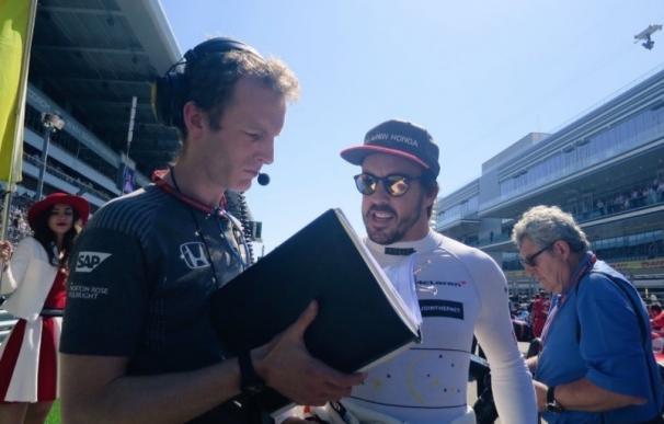 """Alonso: """"Tenemos un gran problema con la unidad de potencia"""""""