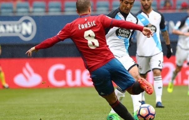 (Crónica) El Deportivo aplaza la salvación con un empate en El Sadar