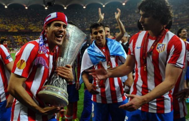 Álvaro Domínguez anuncia su retirada a los 27 años a causa de las lesiones