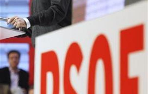 Zapatero pide cerrar debate sobre continuidad y pensar en España