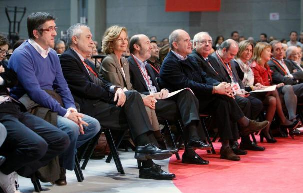 Zapatero agradece a PSOE su apoyo incondicional y que esté pensando en España
