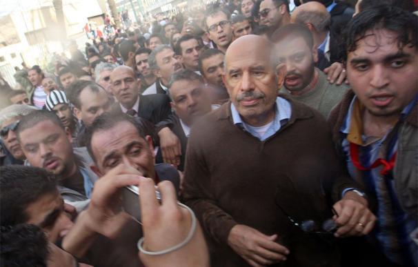 El Baradei pide a EEUU que corte la ayuda a Mubarak