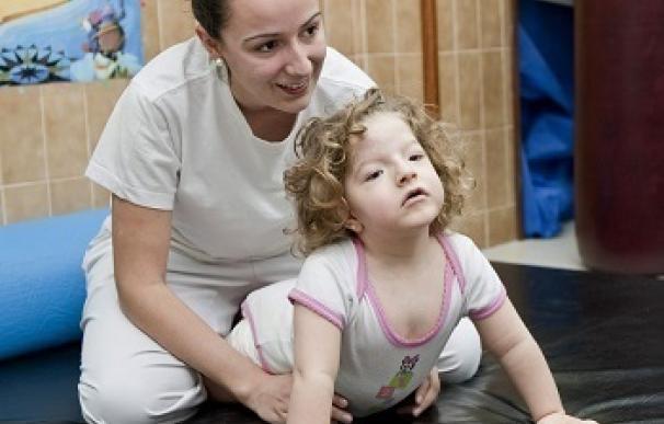 Un total de 377 niños con parálisis cerebral recibirán tratamientos de atención temprana gracias a la 'X solidaria'